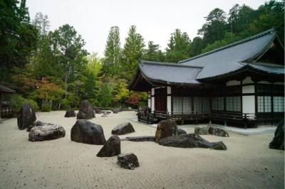 金剛峯寺中庭